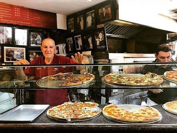 Bleecker Street Pizza se convirtió en un lugar obligatorio para aquellos amantes de este tipo de comidas