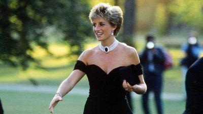 """Lady Di: el """"vestido de la venganza"""" cumple 25 años"""