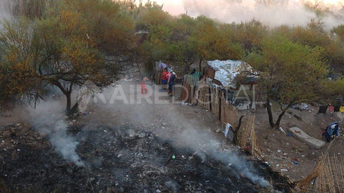 Las impactantes imágenes del incendio en barrio El Pozo