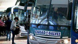 """La Federación Argentina de Transportadores por Automotor de Pasajeros (Fatap) emitió este lunes un comunicado en el que vuelve a advertir que el transporte de pasajeros en el interior del país """"está en una crisis terminal"""" y sostiene que """"es inminente el cese de los servicios en muchas ciudades""""."""