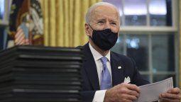 El presidente de Estados Unidos, Joe Biden, afirmó este viernes que la crisis económica inducida por la pandemia de coronavirus en Estados Unidos se está profundizando.