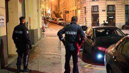 El primer ministro austríaco, Sebastian Kurz, reconoció que esta liberación fue sin duda un error. Si no hubiera sido liberado, entonces el ataque no se hubiera producido, afirmó el dirigente conservador en declaraciones a la radio-televisión pública citado por la agencia de noticias AFP.