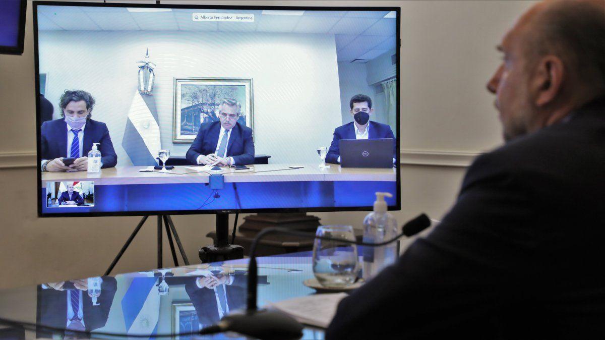 Perotti participa de la videoconferencia con el presidente para evaluar los pasos a seguir en todo el país ante la pandemia de coronavirus