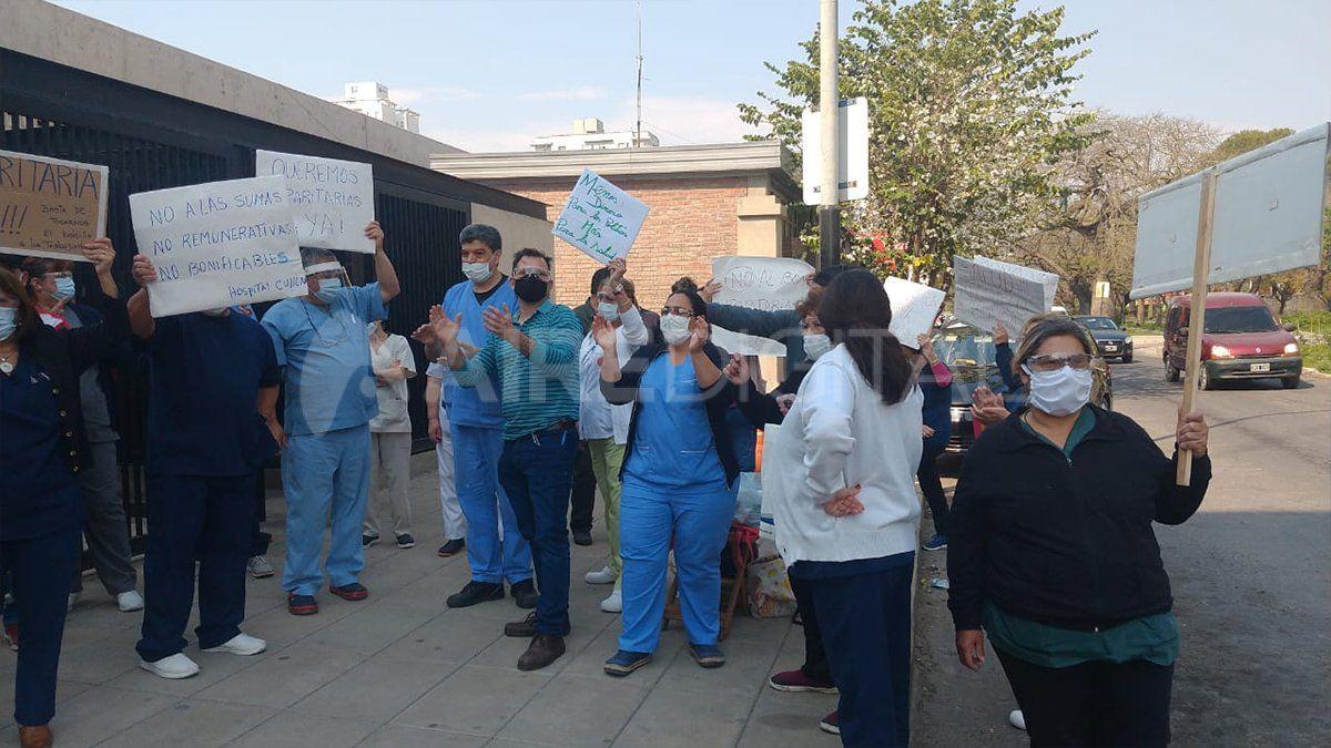 Luego de los gremios de los trabajadores de la salud de la provincia rechazara la oferta salarial presentada por el gobierno provincial