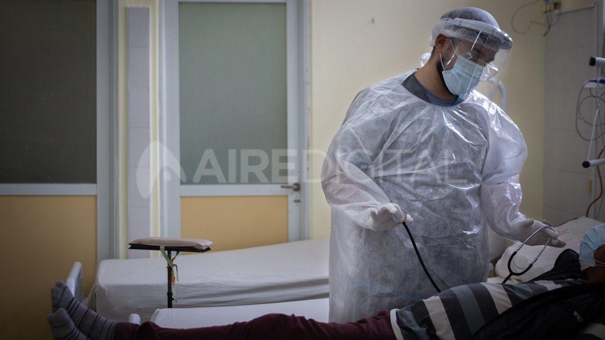 El coronavirus avanza en la provincia de Santa Fe que este sábado representó un 16% de los casos confirmados a nivel nacional.