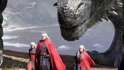 Por el momento las expectativas de los fans están puestas enHouse of the Dragon, la serie sobre los acontecimientos de los Targaryen, una de las apuestas que promete recrear la trama de intrigas políticas, enfrentamientos, y dragones que llegará en 2022.