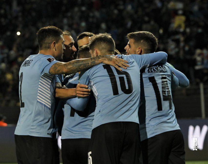 Uruguay venció a Bolivia en su casa y continúa en puestos de clasificación.