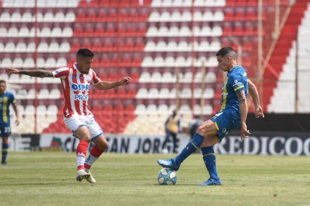 Unión empató y cayó ante Rosario Central en los amistosos disputados este sábado en el Estadio 15 de Abril.
