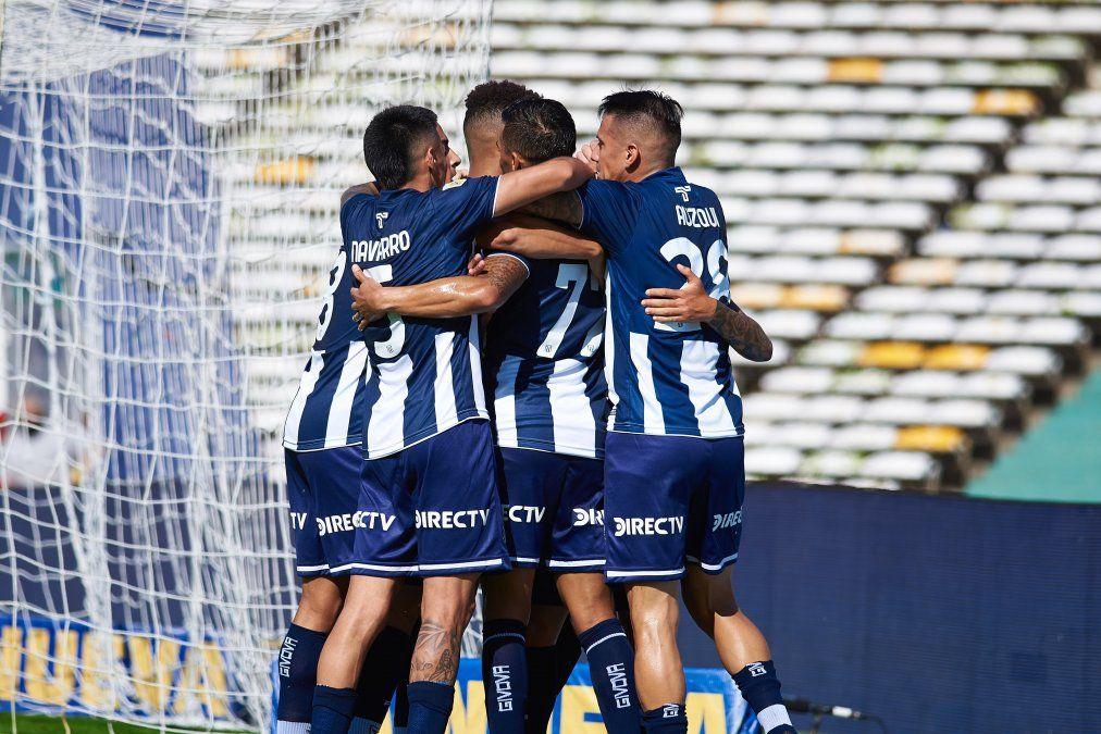 Talleres venció 3-0 a Unión por la Copa de la Liga y le propinó la segunda derrota en el campeonato al equipo de Juan Manuel Azconzábal.