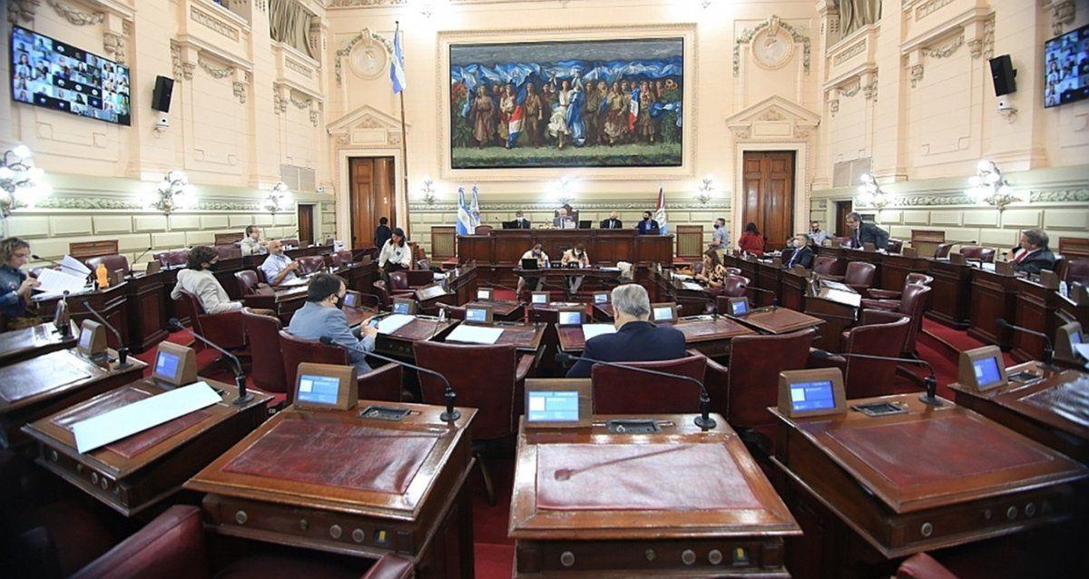 La Comisión de Juicio Político analizará hoy la documentación solicitada sobre las denuncias que pesan sobre el exministro de Seguridad