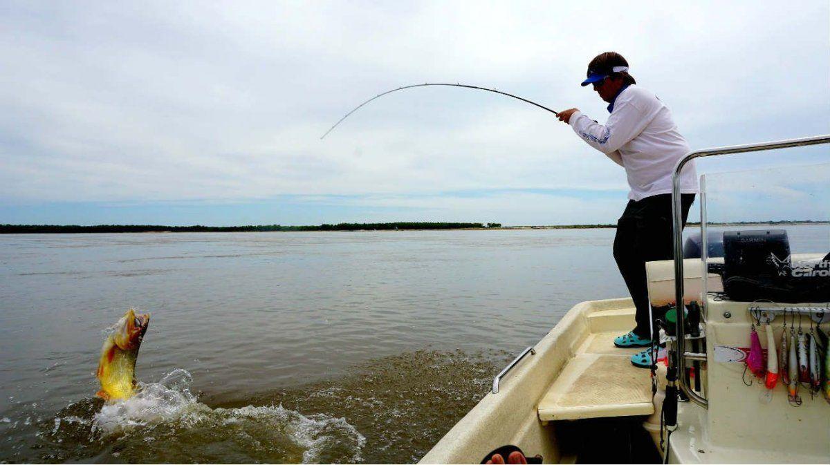 Desde el sector de la pesca deportiva aclaran que la actividad cumple con todos los protocolos covid.