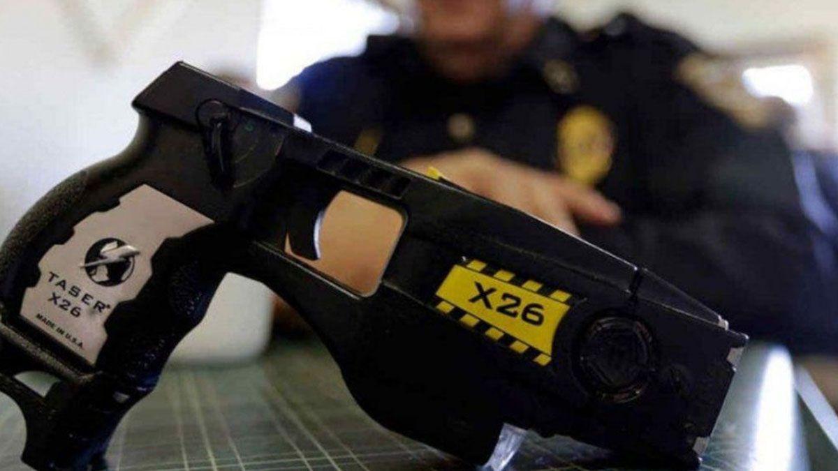 La legisladora pidió que se especifique la cantidad y distribución entre el personal policial de las pistolas Taser y