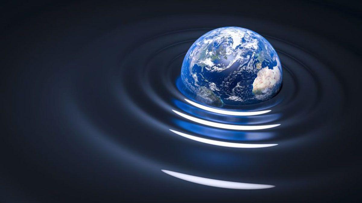 Las ondas gravitacionales se detectaron en el 2015. Habían sido predichas por Albert Einstein. Son una consecuencia de la Teoría de la Relatividad General.