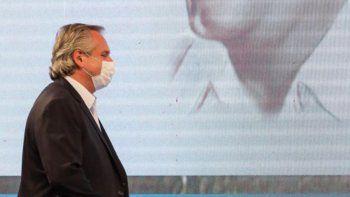El presidente Fernández se aplicará la vacuna rusa cuando llegue el próximo lote