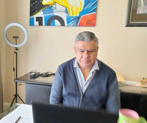 """La fiscalía investiga por qué el presidente Claudio """"Chiqui"""" Tapia firmó dos contratos con empresas privadas de su entorno para la explotación de la imagen y los partidos de fútbol de la Selección argentina."""