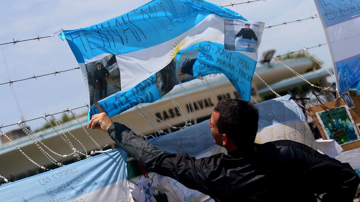 Decretan el ascenso post mortem de los 44 marinos del submarino ARA San Juan.