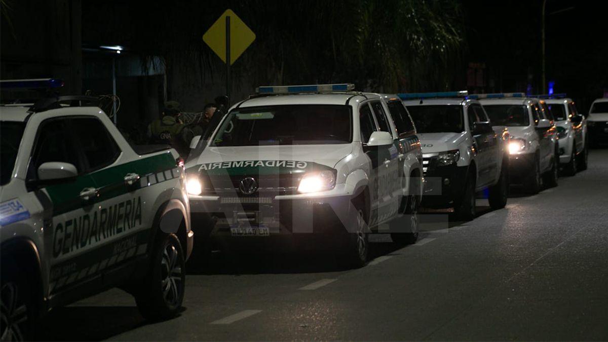 Varios móviles de Gendarmería Nacional