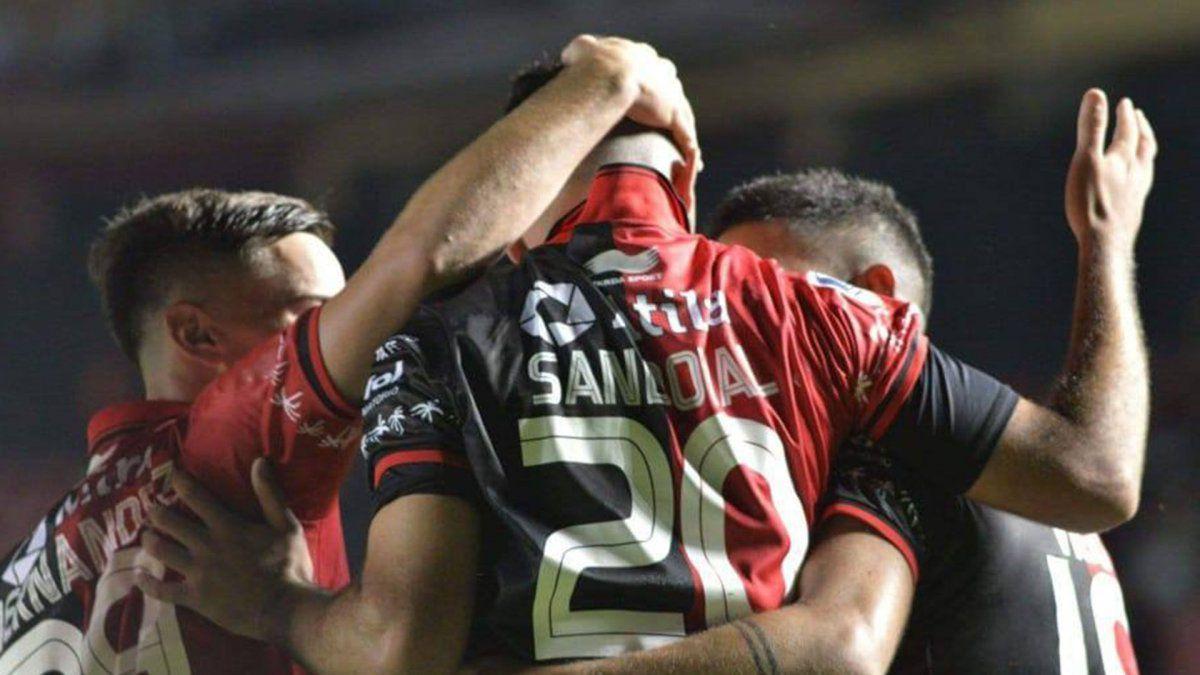 El jugador obtuvo una oferta de Colón para su renovación. También fue tentado en el viejo continente.