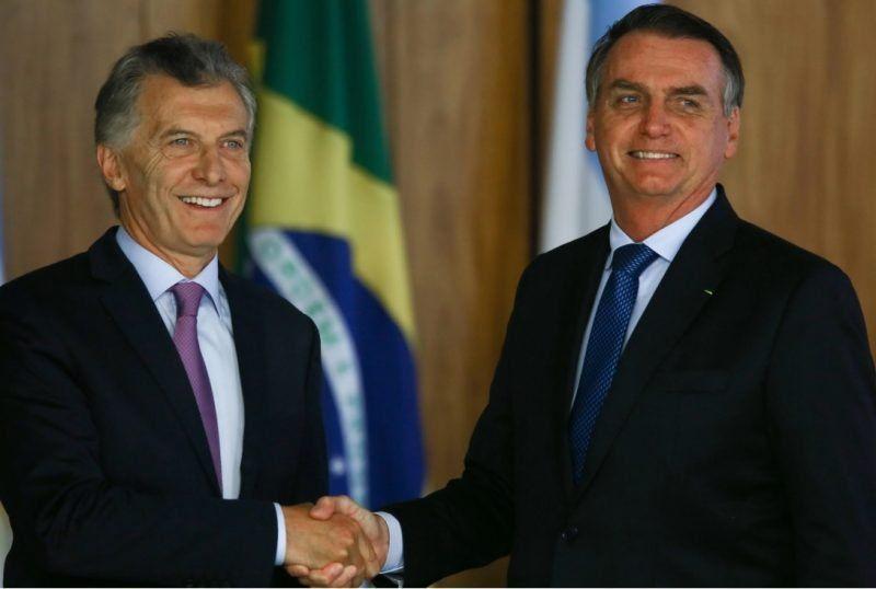 Senadores peronistas presentaron un proyecto para repudiar dichos del presidente de Brasil