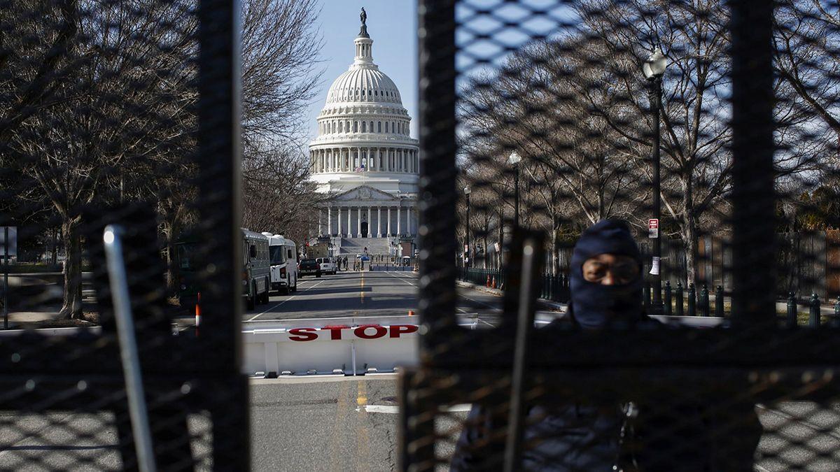 La seguridad en inmediaciones del Capitolio se reforzó pensando en la asunción de Joe Biden el próximo miércoles.
