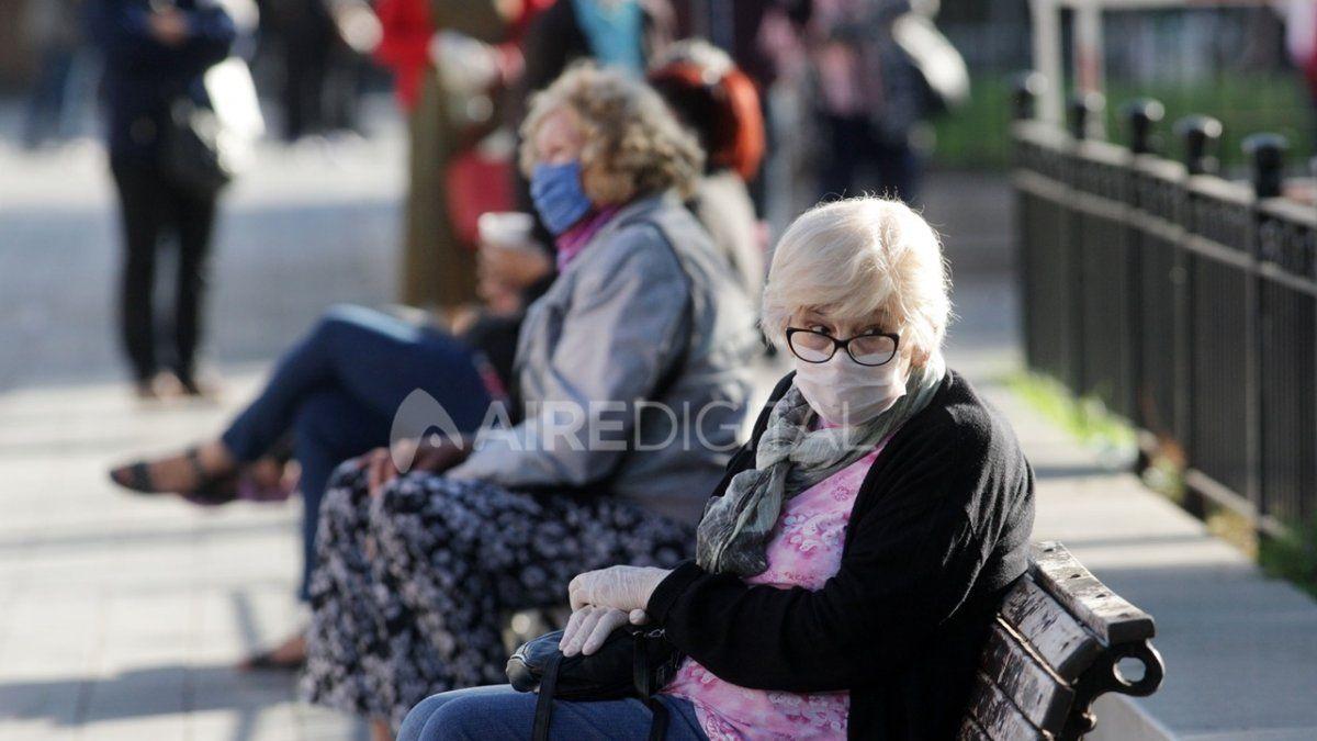 Gobierno anuncia un aumento del 5% para jubilados en diciembre.