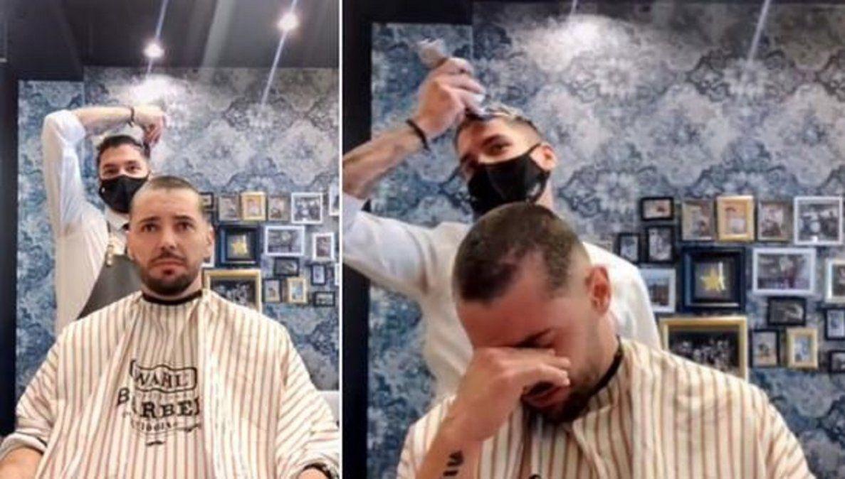 Video viral: un barbero se rapó para apoyar a su compañero con cáncer.