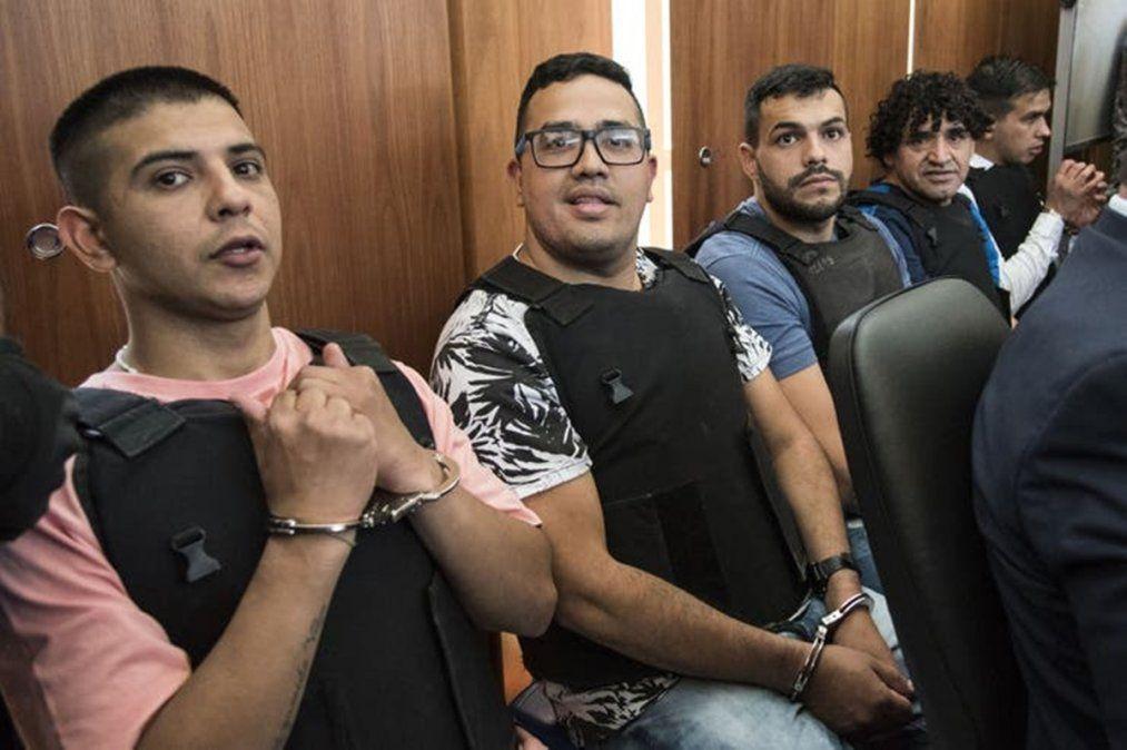 Guille Cantero y otros integrantes de Los Monos durante uno de los juicios al clan narco.