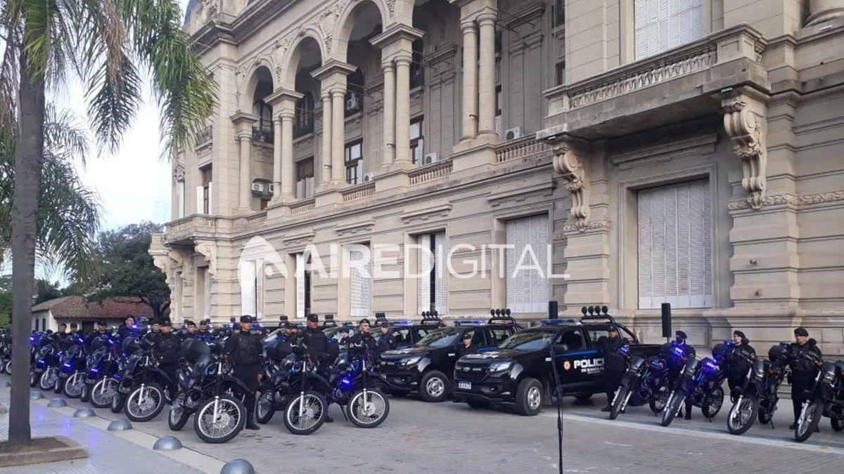 Los policías recibirán aumentos de hasta 178% por servicios adicionales