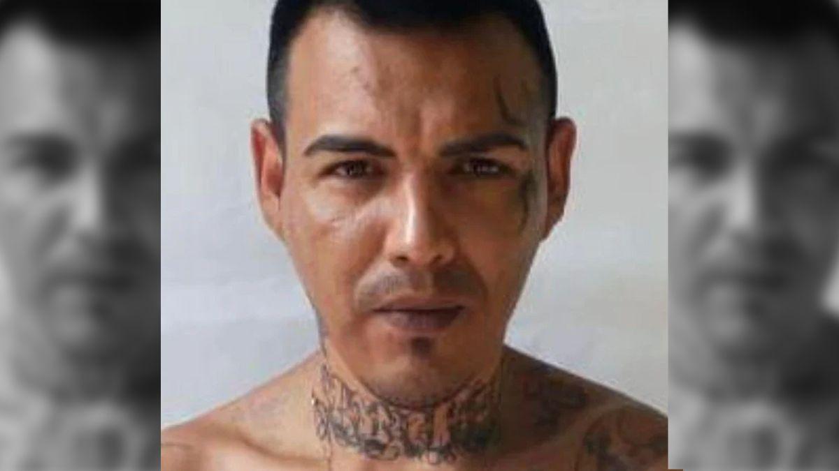Claudio Mansilla está prófugo desde el 27 de junio pasado tras protagonizar la fuga del penal Nº11 junto con otros siete internos.