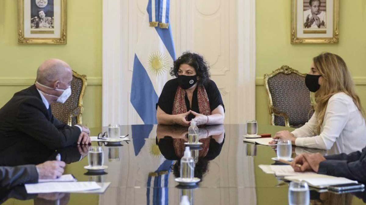 Carla Vizzotti y Cecilia Nicolini mantuvieron una reunión con el embajador británico