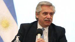 El presidente Alberto Fernández brindó declaraciones radiales en las que defendió a Cristina Kirchner, negó la posibilidad de un corralito y criticó a Mauricio Macri.