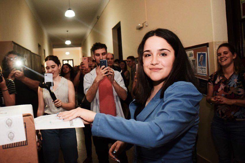 Quién es Ofelia Fernández, la legisladora más joven de la historia de Argentina