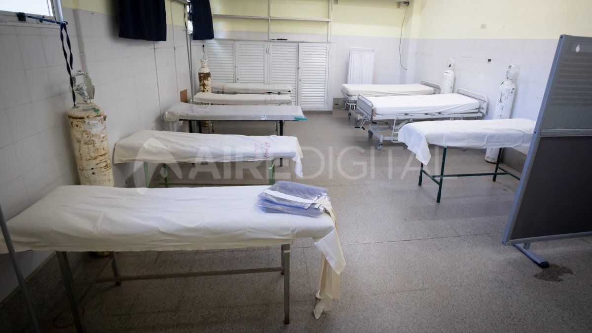 En la sala B del nuevo sector de la guardia del Hospital Cullen hay un área de internación transitoria.
