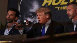 Trump de alguna manera se robó el espectáculo y estaba como un pez en el agua, comentó el diario estadounidense El Nuevo Herald, que lo declaró como el ganador de la velada.