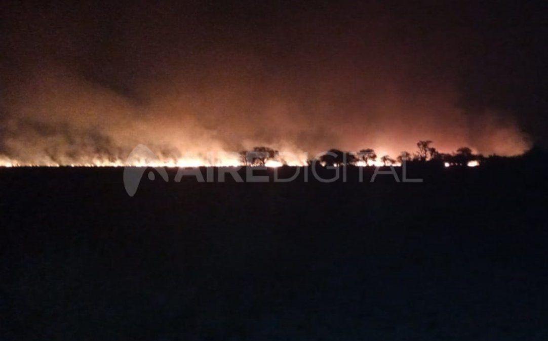En Marcelino Escalada un campo se prendió fuego el miércoles.