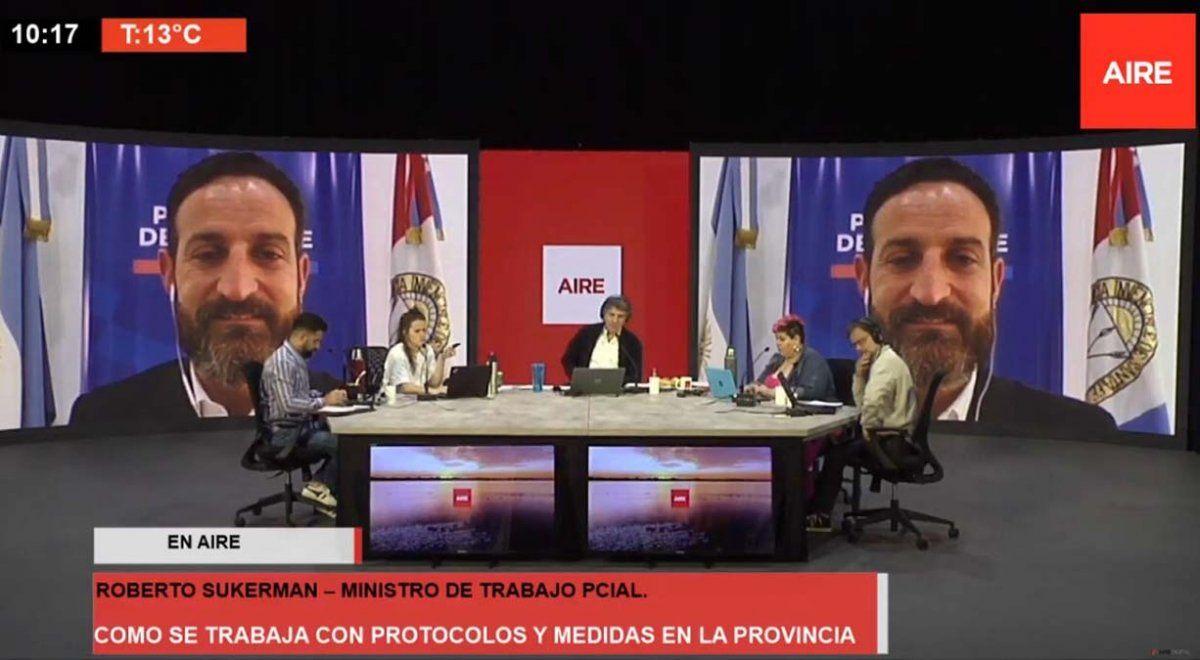 El ministro Roberto Sukerman en diálogo con Aire de Santa Fe.