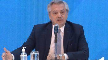 Ajuste fiscal y cambios de gabinete: los reclamos que acechan a Fernández