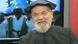 Raúl Sidders, sacerdote sobre quien pesaba una orden de detención por estar acusado de abusar sexualmente de una alumna en un colegio privado de La Plata, se entregó este martes y afirmó que no recordaba a la denunciante, informó una fuente judicial.