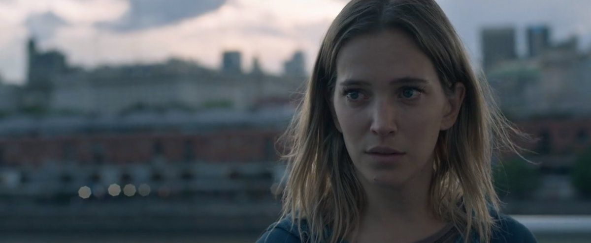La furia de los padres de una escuela por el rodaje de la película de Luisana Lopilato