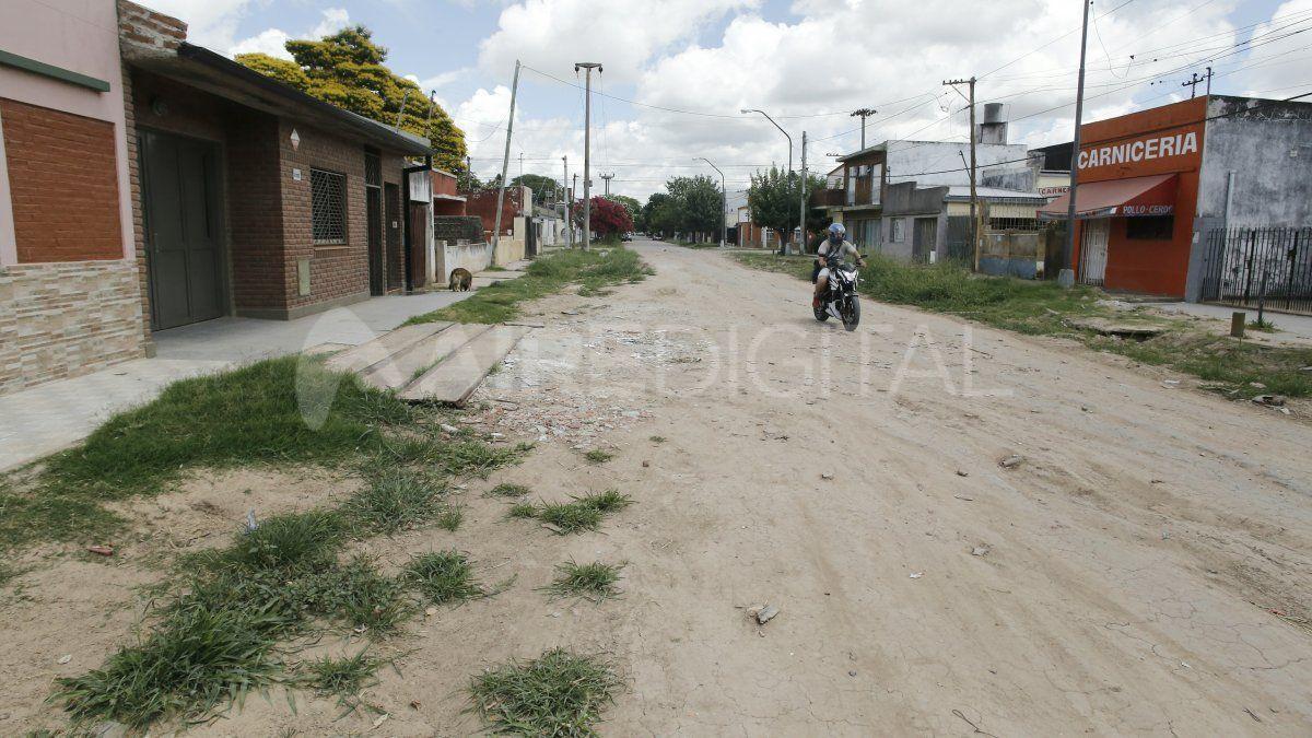Los vecinos del Desagüe Espora se quejan de los destrozos luego de que se diera por finalizada la contrucción