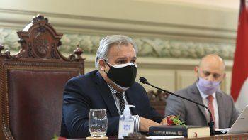 Diputados: Pablo Farías es el presidente y no hubo acuerdo por las vicepresidencias