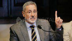 El ministro de Seguridad, Marcelo Sain, advirti{o que está dispuesto a defender a muerte al gobernador Omar Perotti de quienes dicen que no cumplirá su mandato..