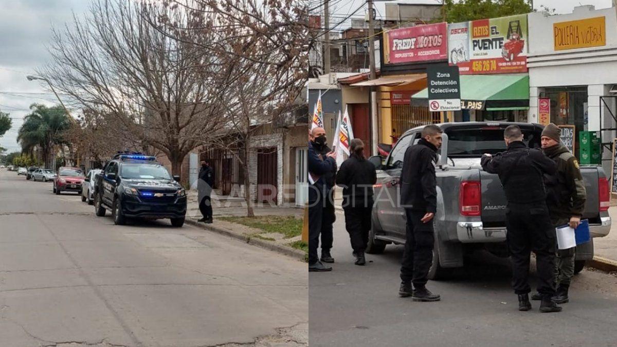La banda convocó a las víctimas frente a la escribanía, para una supuesta compra-venta de barbijos y guantes de latex