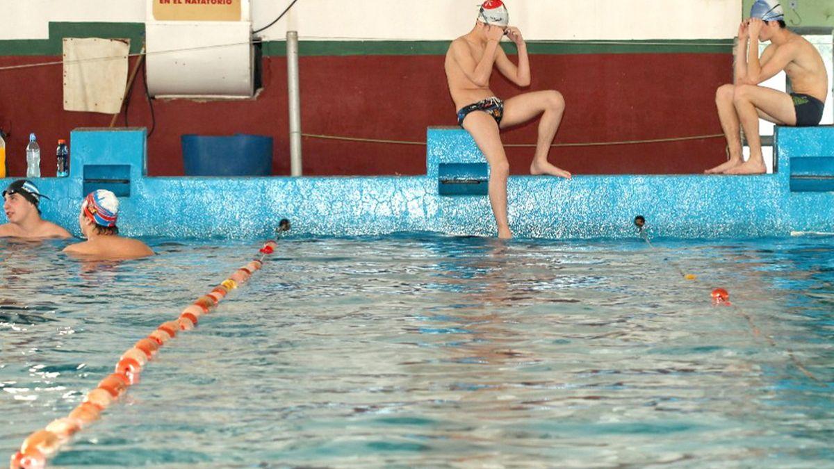 Coronavirus: La provincia dispuso modificaciones horarias para natatorios y pesca deportiva