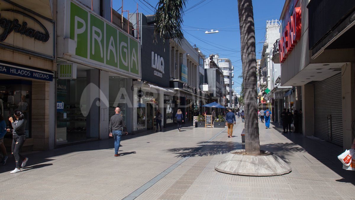 La propuesta del Centro Comercial para permitir la atención de locales en el microcentro