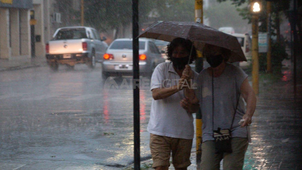 Se espera que el miércoles llegue la tormenta de Santa Rosa a la región.