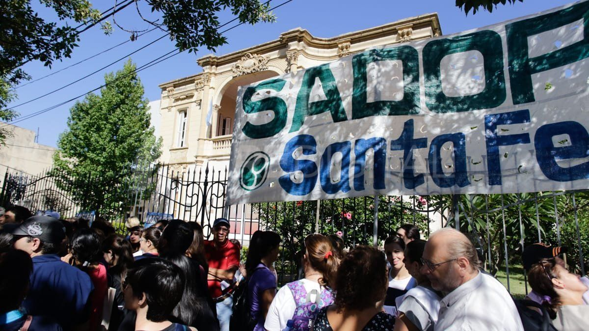 La medida fue consensuada con todos los delegdos de Santa Fe y Rosario.