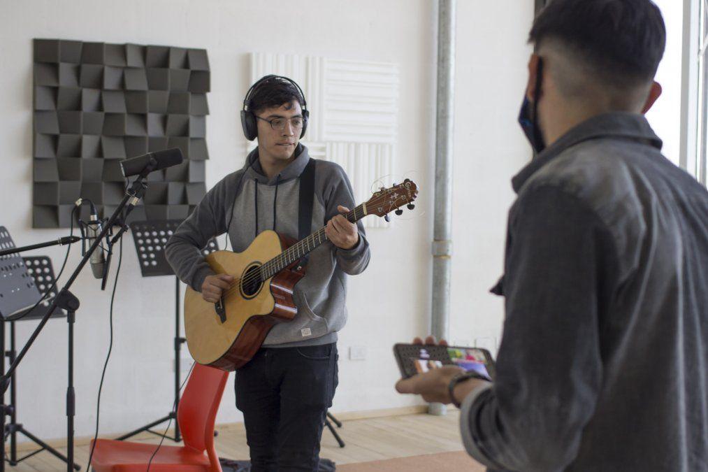 Jóvenes y música: un concurso para descubrir talentos