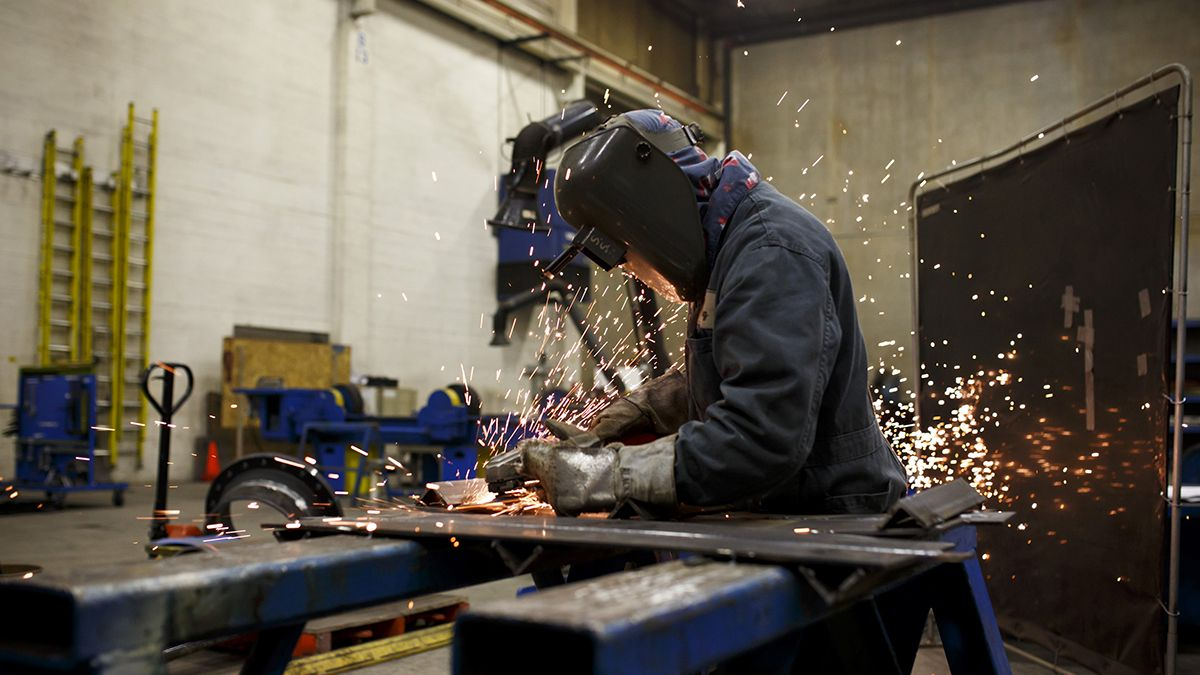 Trabajador de la industria metalúrgica.