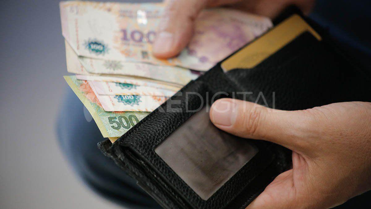 Las 7 claves del plus salarial para privados que anunció el Gobierno